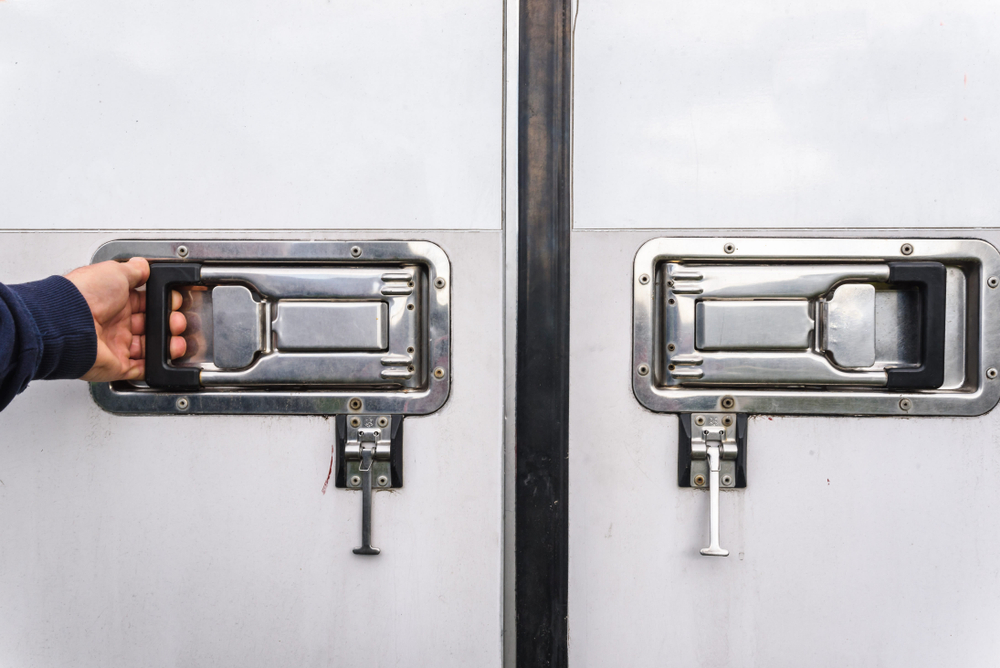 "<span class=""title"">中古トラック「冷凍車」の特徴と選び方のポイント</span>"